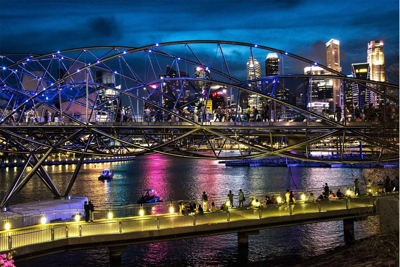 мост двойной спирали в Сингапуре