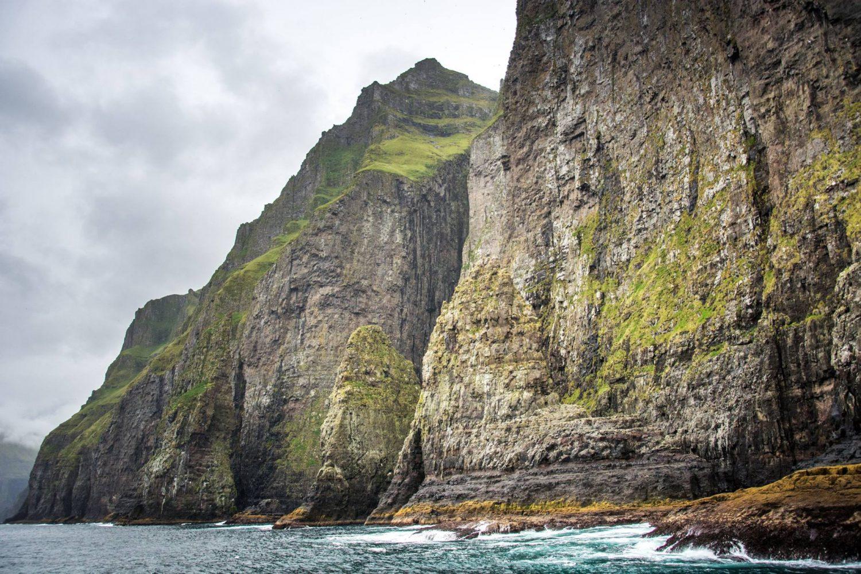 достопримечательности острова Стреймой Фареры Скалы фото